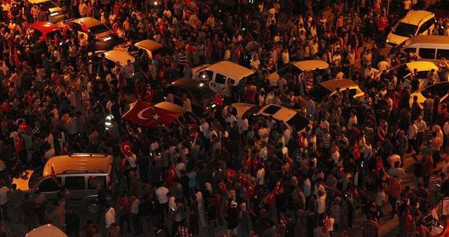 Suriyeliler Erdoğan için sokaktaydı