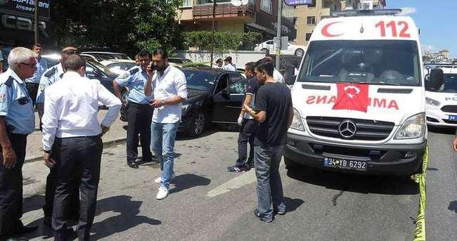 Kadıköy'de yolu kesilen araçtakilere kurşun yağmuru