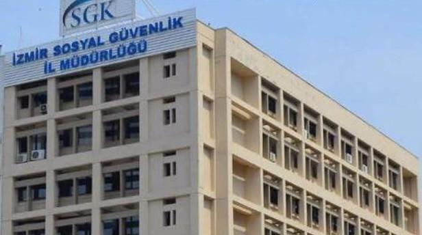 İzmir SGK İl Müdürlüğü'nde 38 kişi görevden uzaklaştırıldı!