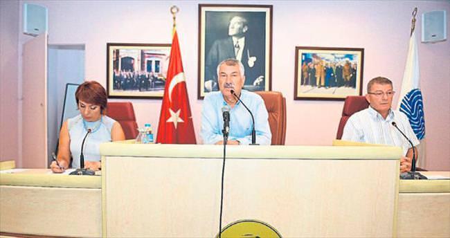 Belediye meclislerinden darbe girişimine kınama