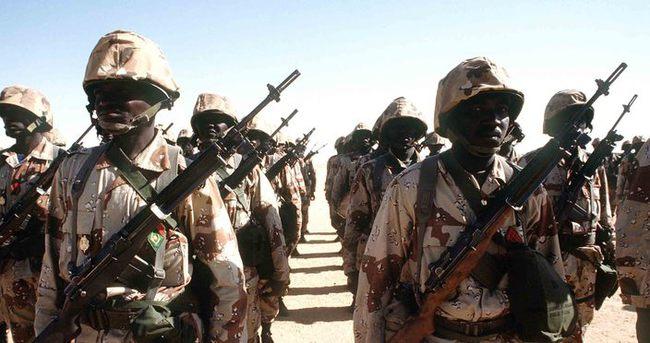 Mali'deki askeri üs saldırısı