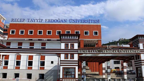 RTEÜ'de 25 akademik personel açığa alındı!