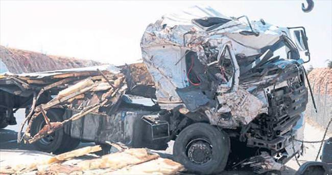 Gaziantep'te korkunç kaza: 2 ölü, 1 yaralı