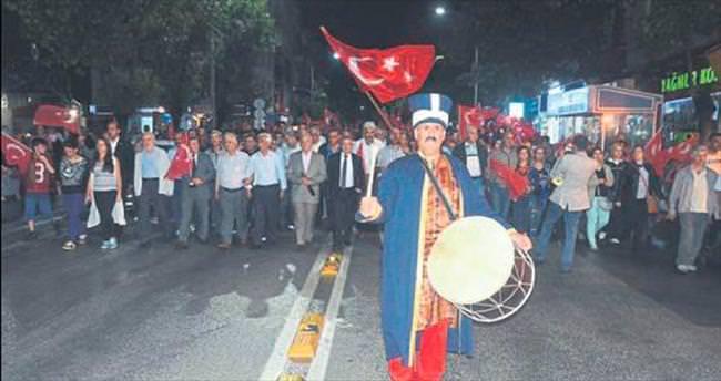 Burdur'da nöbet aralıksız sürüyor