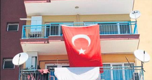 Tunceli'deki şehit ateşi İzmir'e düştü
