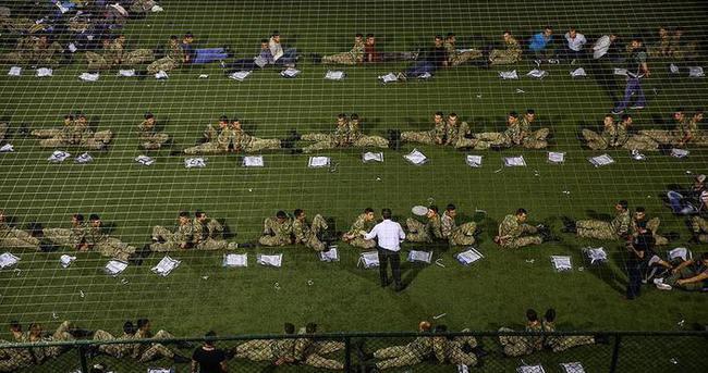 Gözaltındaki 269 asker daha tutuklandı