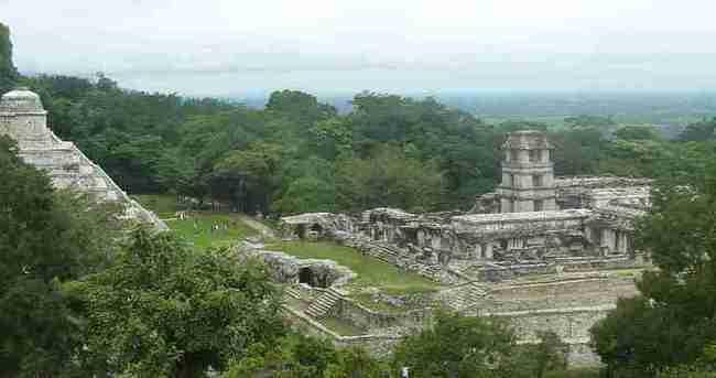 Meksika'da antik kentte su kanalı bulundu