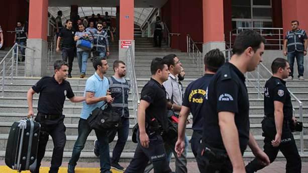 Kocaeli'de 205 kamu görevlisi açığa alındı