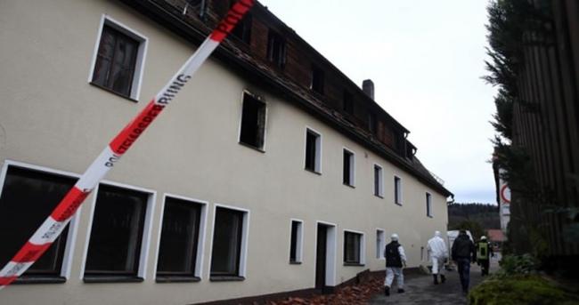 Almanya'da mülteci kabul merkezi yakınında patlama