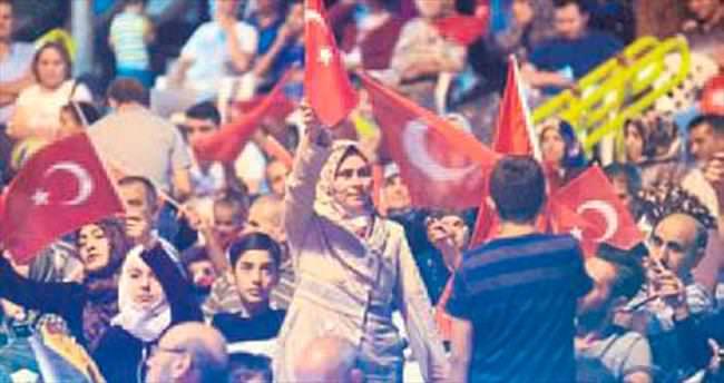 Burdur'da tepki her gece sürüyor