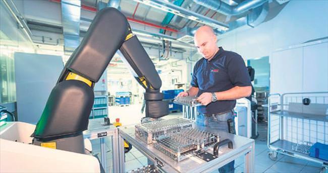 KOBİ'ler dijital fabrikalara taşınıyor