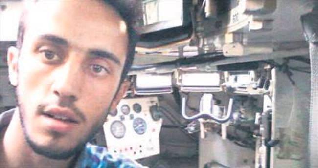 Hainlerin bıraktığı tankı Suriyeli sürdü