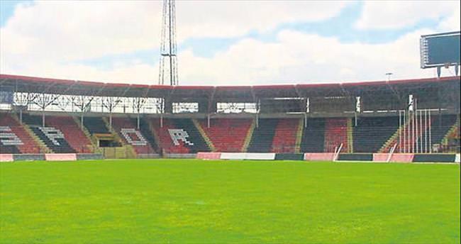 Gaziantep Arena maçlara yetişmiyor