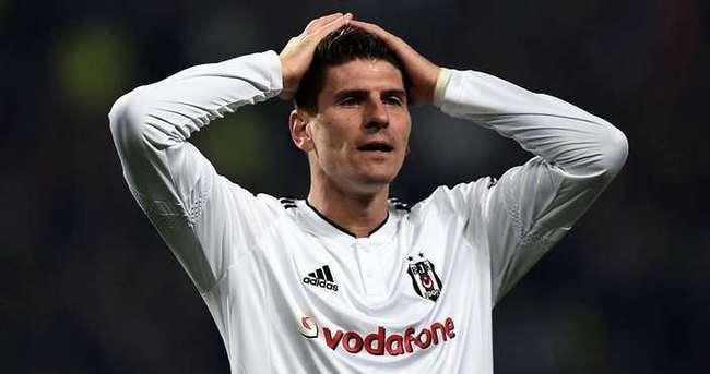 Gomez'in maaşı futbolcuları şok etti!