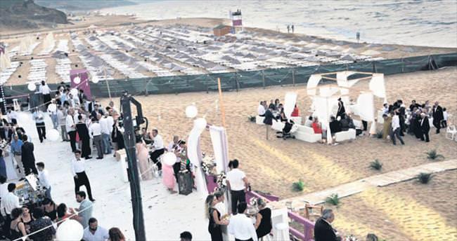 Kumsal düğünü modasına uydular