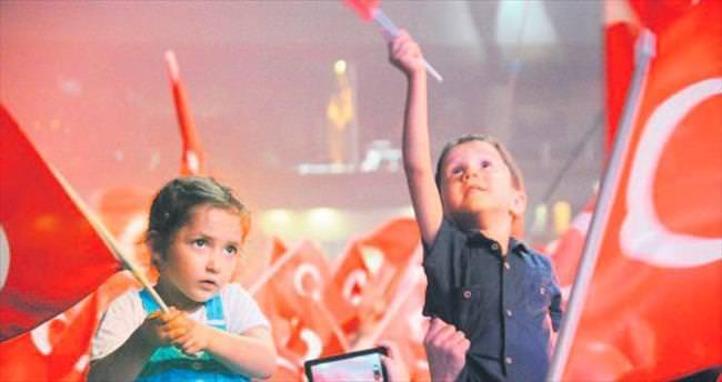 Taksim'de nöbete devam