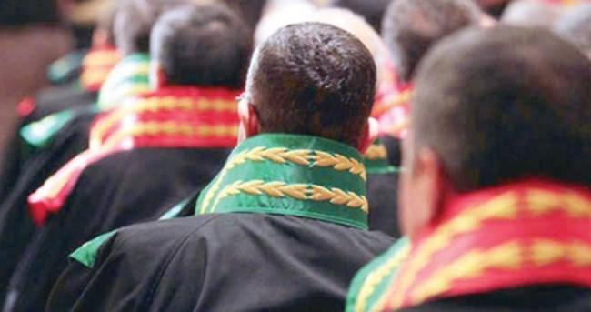 FETÖ soruşturmalarında 51 hakim ve savcı firarda