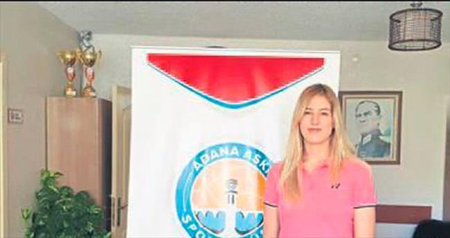 Adana ASKİ Spor Sanem Gamze'yi aldı