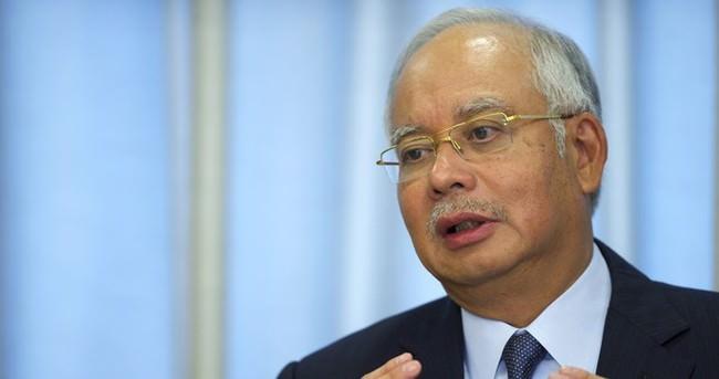 Malezya Başbakanı Rezak Endonezya'da