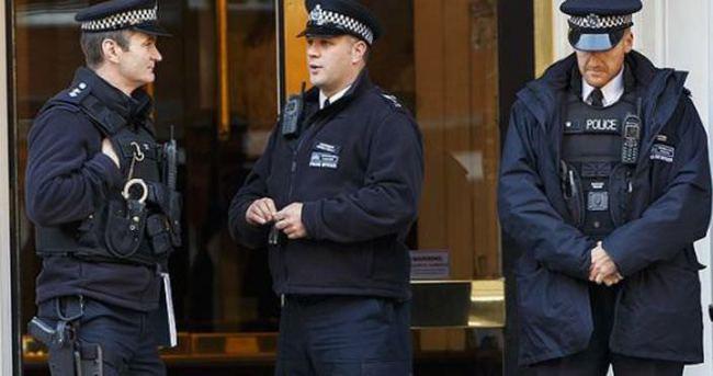 Londra'da 600 silahlı polis daha görevlendirilecek
