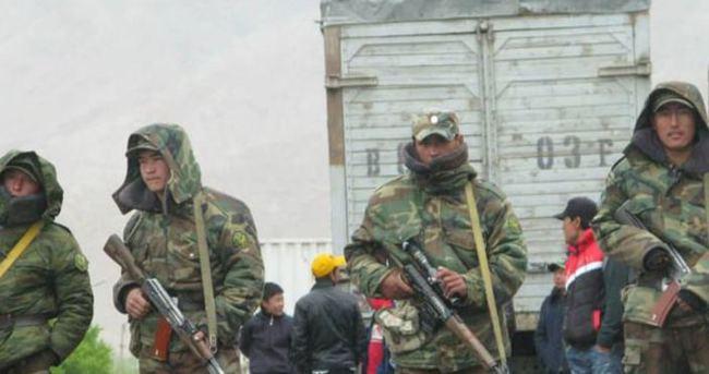 Kırgızistan'da üniversitelerdeki askeri bölümler kapatıldı