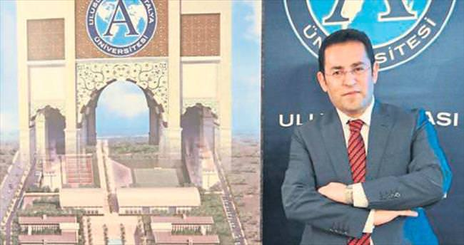 UAÜ Rektörü gözaltına alındı