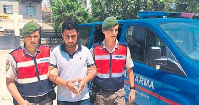 Aranan terörist tatilde yakalandı