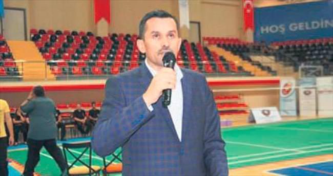 Badmintoncular şampiyonluk için mücadele edecek