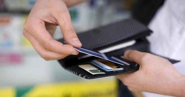 Kredi ve kredi kartlarına taksit müjdesi!