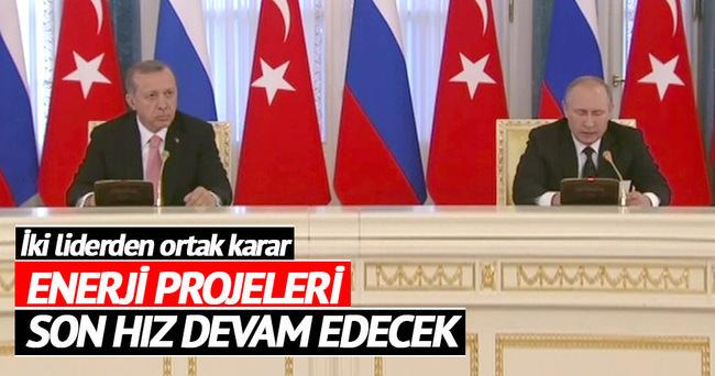 İki liderden ortak mesaj: Projeler devam edecek
