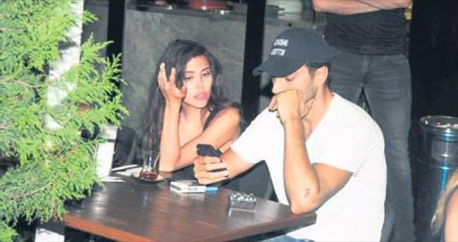 Telefon yüzünden tartıştılar