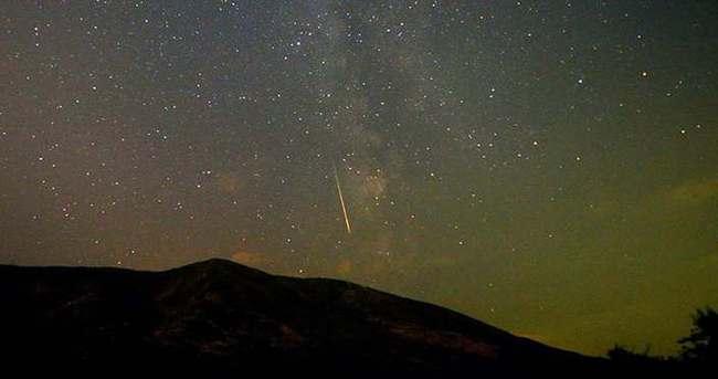 Gökyüzü meteor yağmurlarına sahne olacak