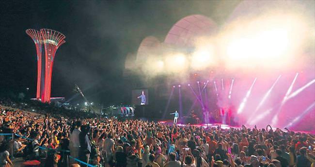 EXPO'da Ceceli gecesi