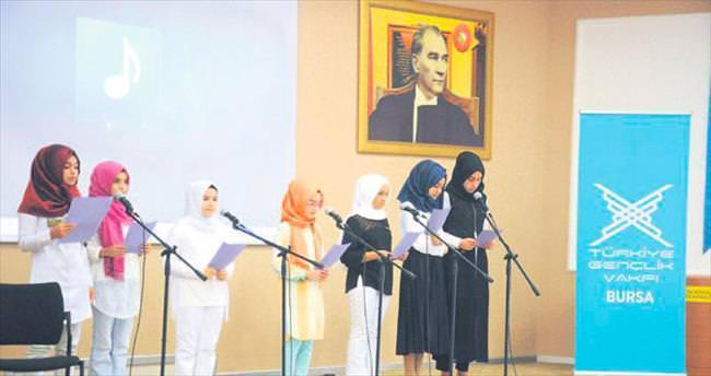 TÜGVA'nın Yaz Okulu öğrencilerine sertifika