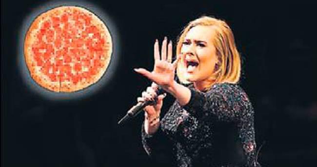 Adele ses telleri için pizzadan vazgeçiyor