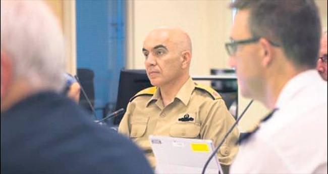 NATO, FETÖ'cü amiralin fotoğrafını siteden kaldırdı