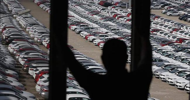 Otomotivciler de faiz indirimi bekliyor