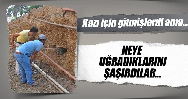 Manavgat'ta altyapı kazı çalışmasından mezarlık çıktı