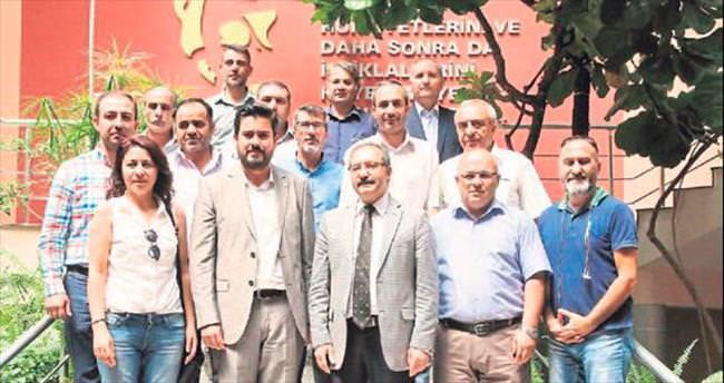 Prof. Dr. Gür: Medya 15 Temmuz sınavını geçti