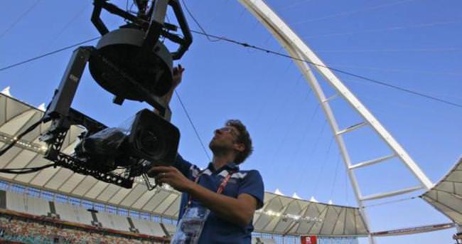 Rio'da kamera düştü, 3 kişi yaralandı