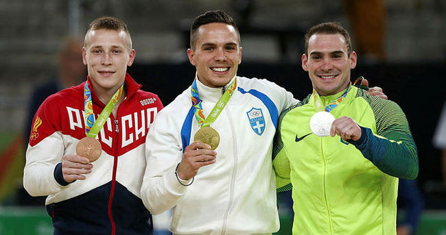 Artistik cimnastikte madalyalar dağıtıldı
