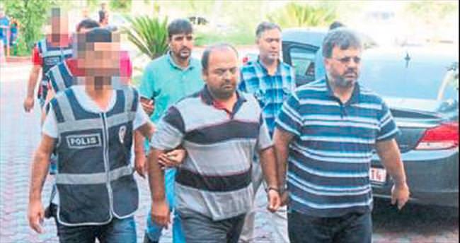 Kemer'de 13 FETÖ üyesi cezaevinde