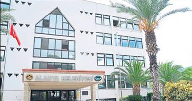 Alanya Belediyesi'ne FETÖ operasyonu