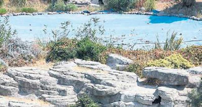 İzmir'in Yedigöller'i ilgisizlikten kurudu