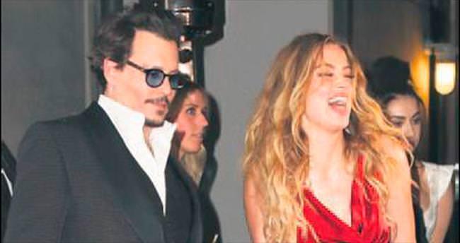 Depp, 7 milyon dolar karşılığında boşanıyor