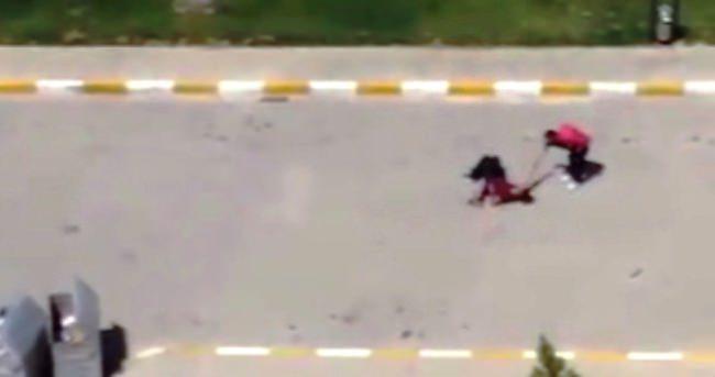 Kardeşini tüfekle yaralayıp tokatladı