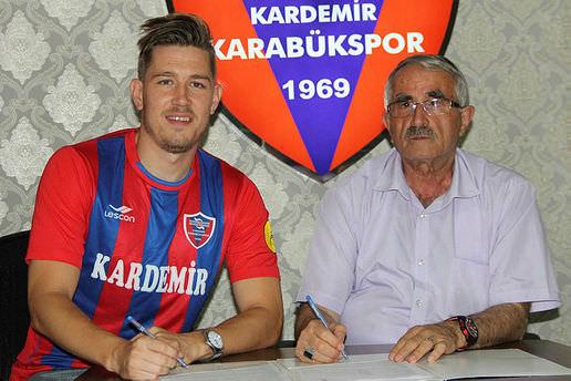 Karabükspor Skulason ile anlaştı