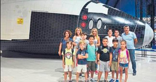 Günlük 'Uzay Kampı'na akın
