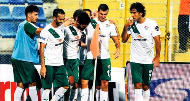 Açılışta zafer Bursaspor'un