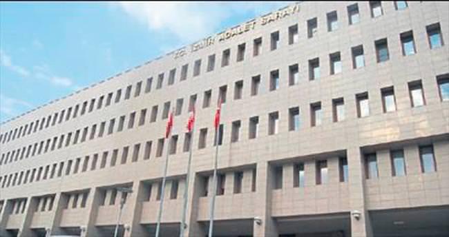 İzmir'de 20 adliye çalışanı cezaevinde